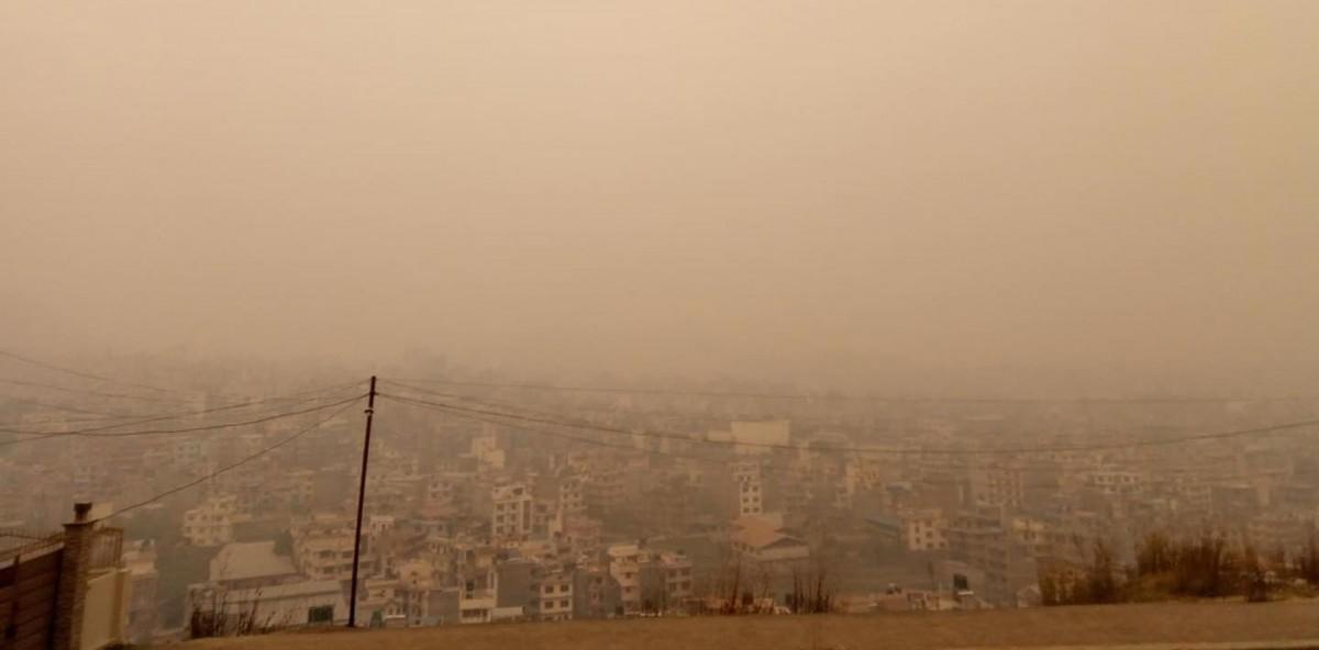 झन बढ्दै वायु प्रदुषण, तत्काल सुधार नहुने संकेत