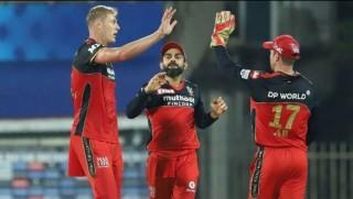 आईपीएलको उद्घाटन खेलमा मुम्बईलाई हराउँदै बेंगलोरको पहिलो जित